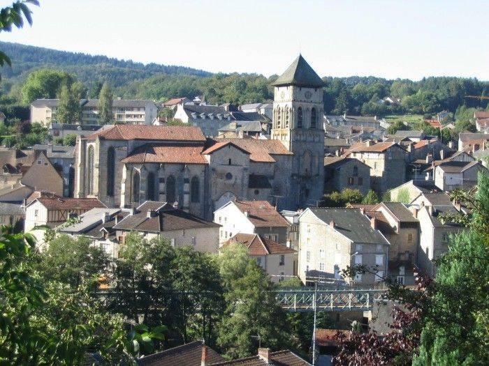 Eymoutiers, cité médiévale et ville porte du parc naturel de mille vaches