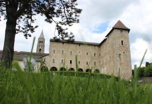 Ancien couvent, musée Gay Lussac et Foyer Rural de Saint Léonard de Noblat