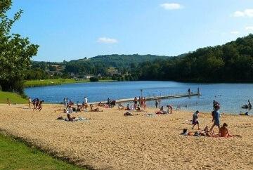 Plan d'eau de Châteauneuf la Forêt - Territoire des Monts et Barrages en Limousin