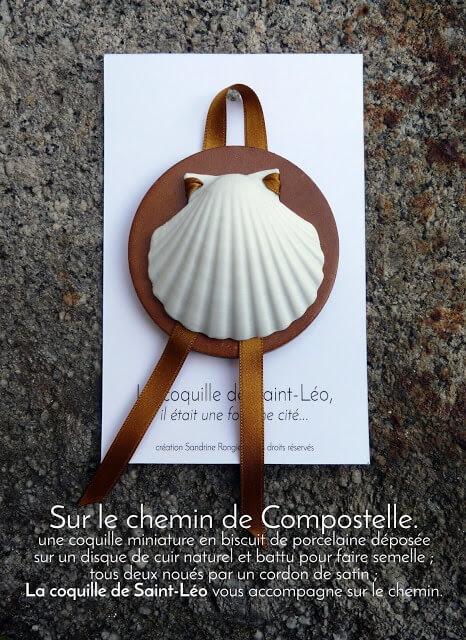 La Coquille de Saint Léo, hommage à Compostelle et aux savoir-faire de la villeerie Bastin et papier du Moulin du Got