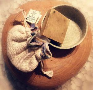 Grès, tissage et savon artisanal